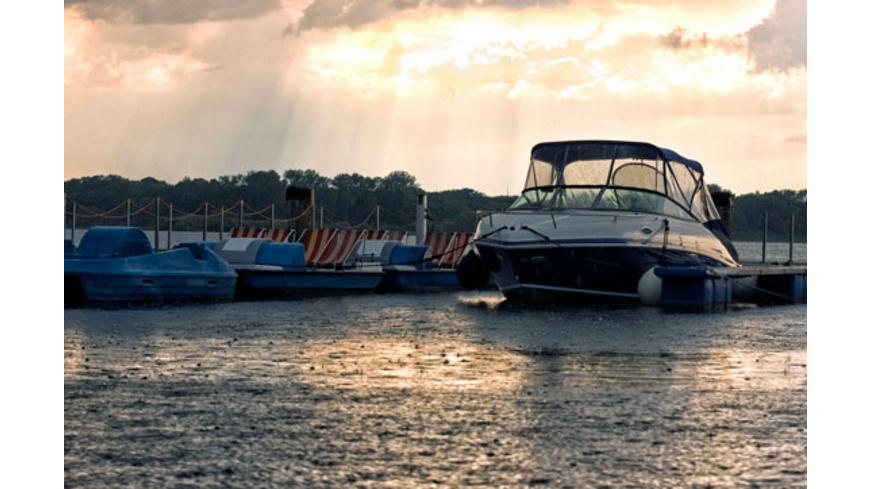 Bootfahren ohne Fuehrerschein auf dem Mueritzsee (1 Tag)