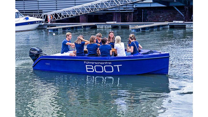 Family & Friends Bootstour Frankfurt für bis zu 6 Personen