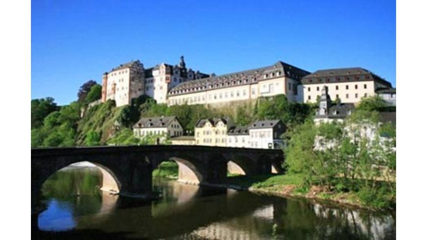Dinner und Krimi-Show im Schloss Weilburg für 2