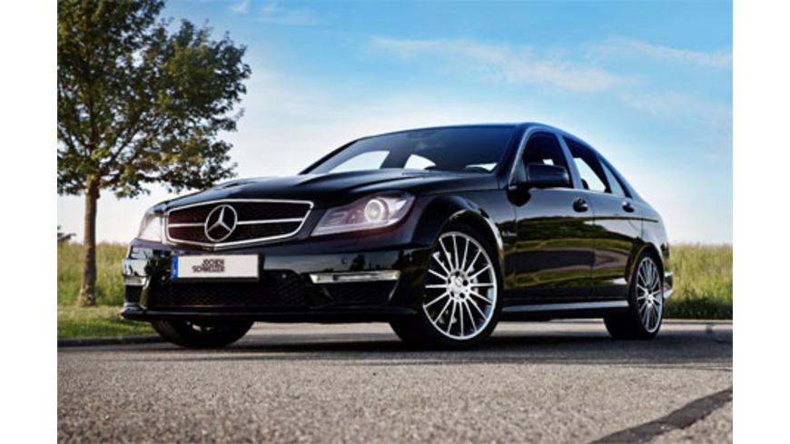 Mercedes C63 AMG fahren (1 Tag)