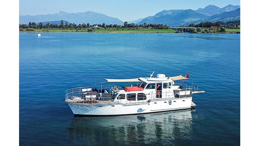 Motoryacht-Rundfahrt auf dem Zürichsee