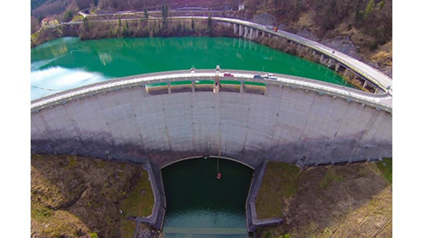 Bungee am Staudamm Klaus in Oberoesterreich