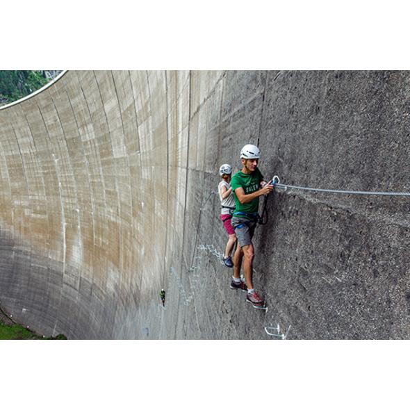 Action-Triathlon und Jause im Zillertal