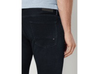 Straight Fit Jeans mit Label-Patch Modell 'Denton'